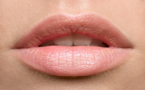 Olive Oil Benefits for Chapped Dry Lips