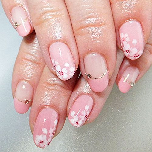 top-15-spring-new-year-holiday-nails-simple-home-trends-manicure-design-2