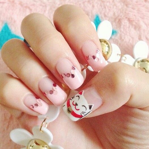 top-15-spring-new-year-holiday-nails-simple-home-trends-manicure-design-7
